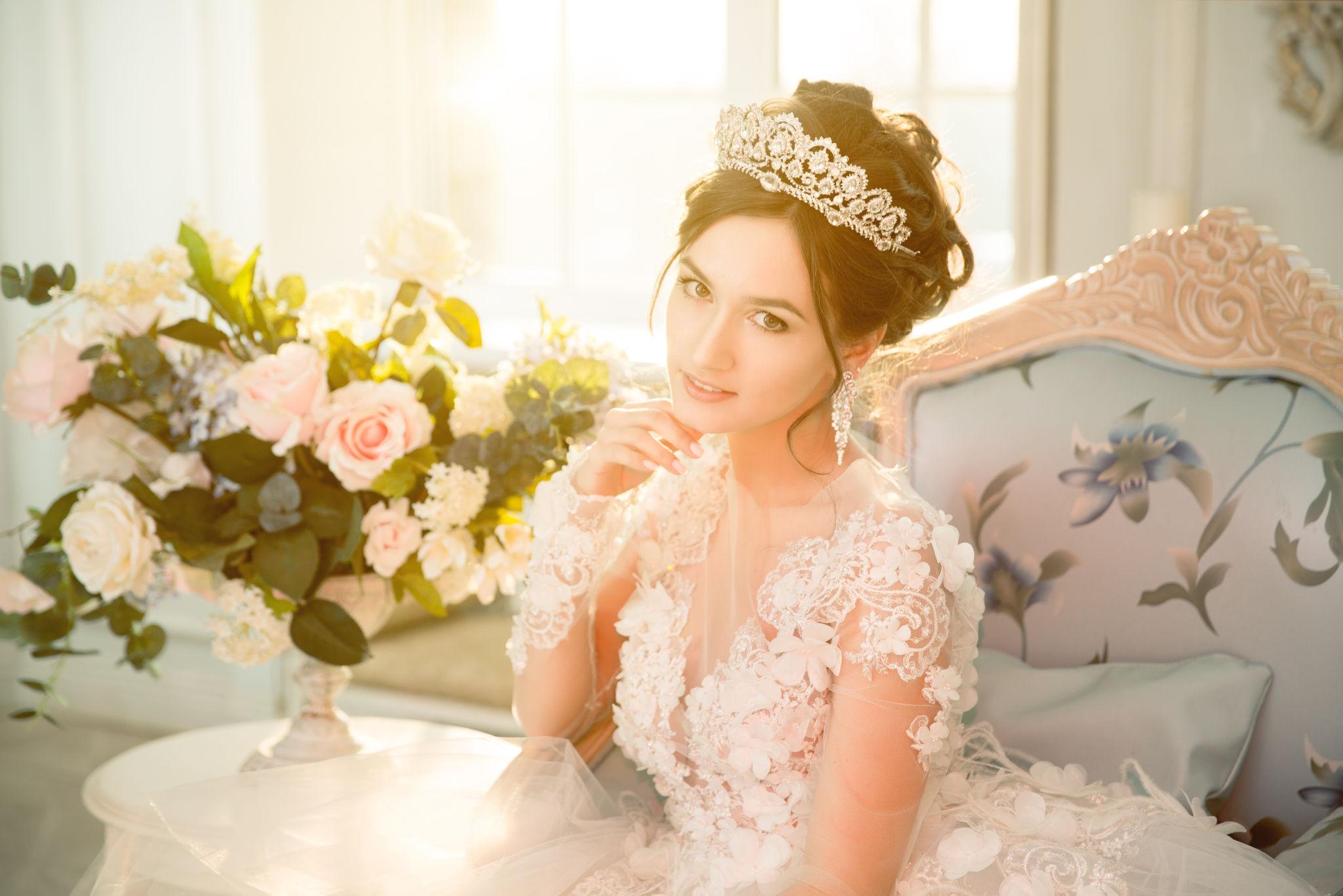свадебные прически для невест в картинках