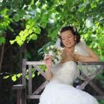 Фотографии невесты в парке