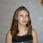 Катюша перед нанесением макияжа