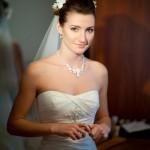 Завершающие штрихи свадебного макияжа
