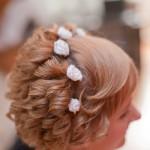 Фотографии свадебной причёски Ольги с эксклюзивыни укращениями для волос