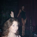 Я за барной стойкой в клубе Рай