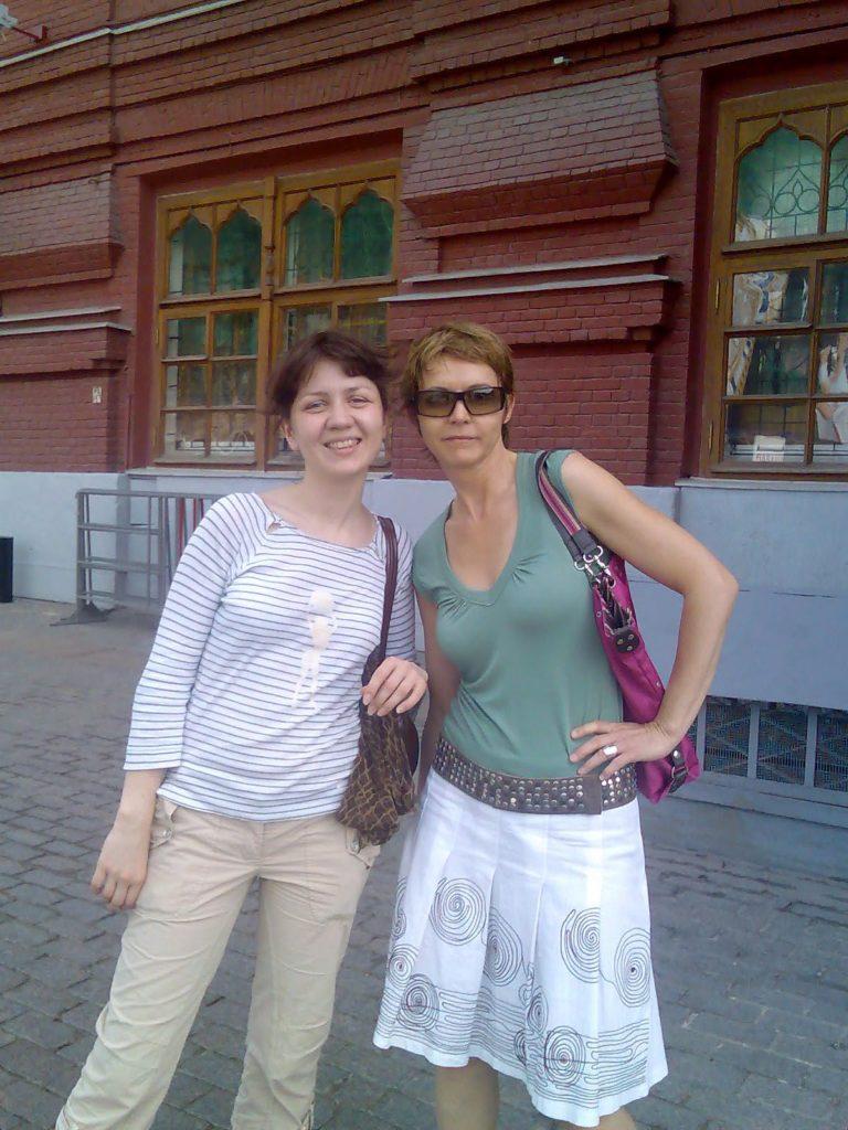 визажист Ольга Банникова и Кароль Амосс